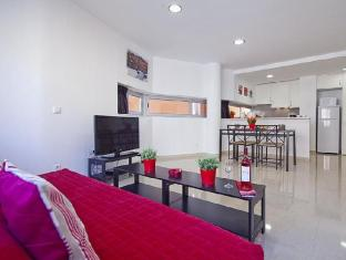 Charmsuites Paralel Apartments