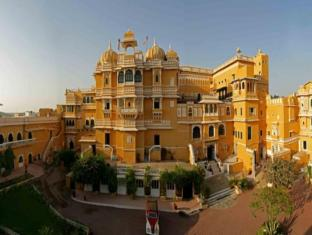 Deogarh Mahal - Resort