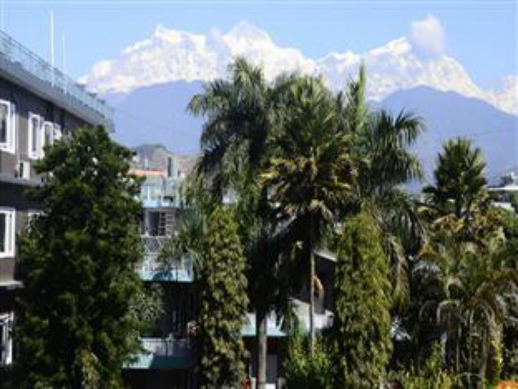 Best price on nepal guest house in pokhara reviews for Guest house cost
