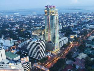 Crown Regency Hotel & Towers