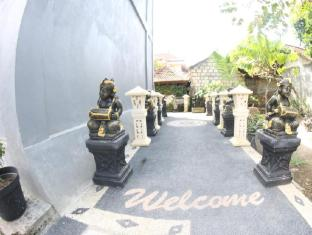 Sari Buana Bed and Breakfast