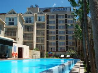 Somerset West Lake Serviced Residences