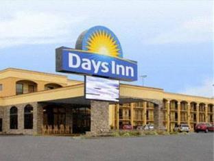 /ca-es/island-drive-lodge/hotel/pigeon-forge-tn-us.html?asq=jGXBHFvRg5Z51Emf%2fbXG4w%3d%3d