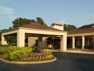 /ar-ae/courtyard-atlanta-northlake/hotel/tucker-ga-us.html?asq=jGXBHFvRg5Z51Emf%2fbXG4w%3d%3d
