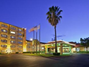 /ca-es/crowne-plaza-silicon-valley-north-union-city/hotel/union-city-ca-us.html?asq=jGXBHFvRg5Z51Emf%2fbXG4w%3d%3d