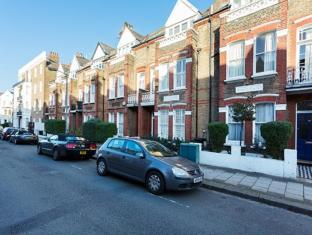 Veeve  3 Bedroom Home Marjorie Grove Clapham