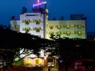 /cs-cz/hotel-bhasuri-inn/hotel/guruvayoor-in.html?asq=jGXBHFvRg5Z51Emf%2fbXG4w%3d%3d