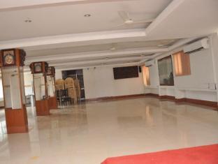 /bg-bg/hotel-akshaya/hotel/chidambaram-in.html?asq=jGXBHFvRg5Z51Emf%2fbXG4w%3d%3d