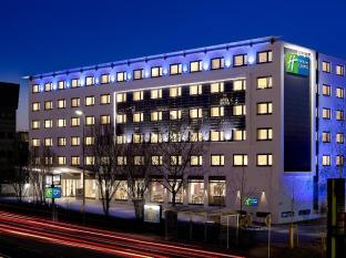 /cs-cz/holiday-inn-express-stuttgart-airport/hotel/leinfelden-echterdingen-de.html?asq=jGXBHFvRg5Z51Emf%2fbXG4w%3d%3d