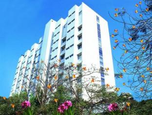 /ca-es/surya-palace-hotel/hotel/vadodara-in.html?asq=jGXBHFvRg5Z51Emf%2fbXG4w%3d%3d