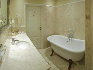 /bg-bg/leopolis-hotel/hotel/lviv-ua.html?asq=jGXBHFvRg5Z51Emf%2fbXG4w%3d%3d