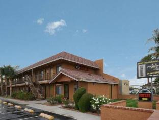 /ar-ae/santa-clarita-motel/hotel/newhall-ca-us.html?asq=jGXBHFvRg5Z51Emf%2fbXG4w%3d%3d
