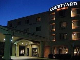 /bg-bg/courtyard-potomac-mills-woodbridge/hotel/woodbridge-va-us.html?asq=jGXBHFvRg5Z51Emf%2fbXG4w%3d%3d