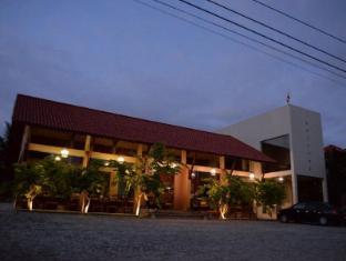 /bg-bg/hotel-sinharagama-resort-and-spa/hotel/anuradhapura-lk.html?asq=jGXBHFvRg5Z51Emf%2fbXG4w%3d%3d