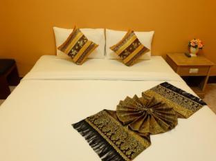 Thai Cozy House Hotel