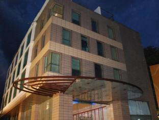 /ca-es/iris-the-business-hotel/hotel/bangalore-in.html?asq=jGXBHFvRg5Z51Emf%2fbXG4w%3d%3d