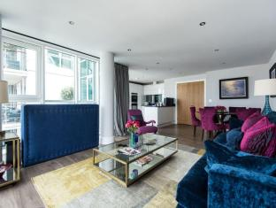 Wandsworth - St Georges Wharf IV Apartment  - onefinestay