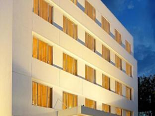 /bg-bg/deccan-rendezvous/hotel/pune-in.html?asq=jGXBHFvRg5Z51Emf%2fbXG4w%3d%3d