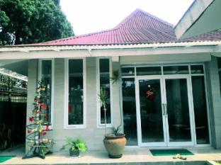 Grace Family Villa Lembang Bandung