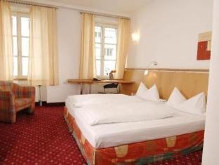 /ca-es/hotel-zach/hotel/innsbruck-at.html?asq=jGXBHFvRg5Z51Emf%2fbXG4w%3d%3d