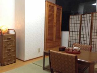 Ueno Central Apartment