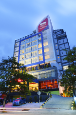 /id-id/her-hotel-and-trade-center-balikpapan/hotel/balikpapan-id.html?asq=jGXBHFvRg5Z51Emf%2fbXG4w%3d%3d