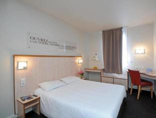 /en-sg/hotel-kyriad-lyon-centre-croix-rousse/hotel/lyon-fr.html?asq=jGXBHFvRg5Z51Emf%2fbXG4w%3d%3d