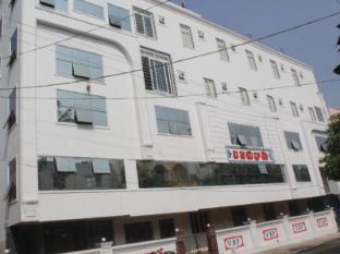 /da-dk/hotel-vb-grand/hotel/visakhapatnam-in.html?asq=jGXBHFvRg5Z51Emf%2fbXG4w%3d%3d
