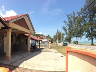 /ar-ae/anggun-beach-guest-house-dungun/hotel/dungun-my.html?asq=jGXBHFvRg5Z51Emf%2fbXG4w%3d%3d
