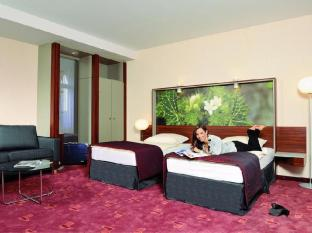 /de-de/azimut-hotel-cologne-city-center/hotel/cologne-de.html?asq=jGXBHFvRg5Z51Emf%2fbXG4w%3d%3d
