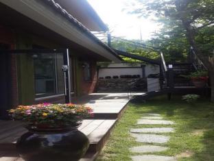 /bg-bg/dong-chun-guest-house/hotel/jeonju-si-kr.html?asq=jGXBHFvRg5Z51Emf%2fbXG4w%3d%3d