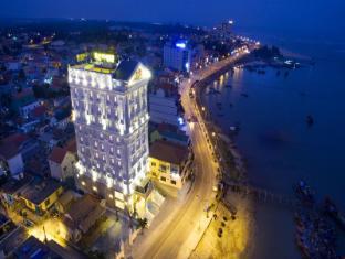 Riverside Hotel Quang Binh