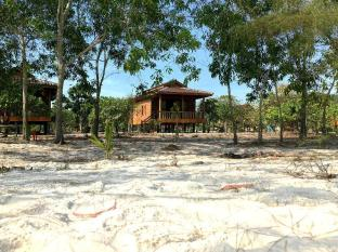 /ar-ae/reef-on-the-beach-by-the-reef-resort/hotel/koh-rong-kh.html?asq=jGXBHFvRg5Z51Emf%2fbXG4w%3d%3d