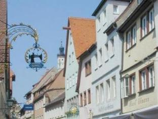 /en-sg/hotel-und-gasthof-zur-sonne/hotel/rothenburg-ob-der-tauber-de.html?asq=jGXBHFvRg5Z51Emf%2fbXG4w%3d%3d