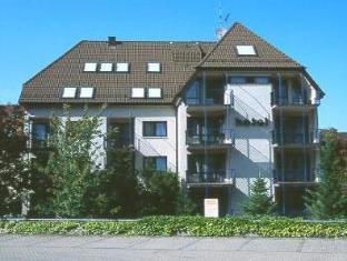 /cs-cz/hotel-astoria-am-urachplatz/hotel/stuttgart-de.html?asq=jGXBHFvRg5Z51Emf%2fbXG4w%3d%3d