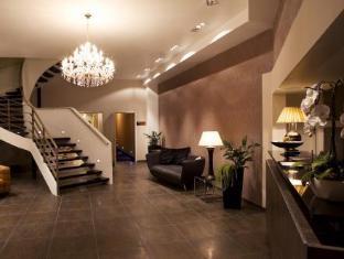 /cs-cz/ross-hotel/hotel/stuttgart-de.html?asq=jGXBHFvRg5Z51Emf%2fbXG4w%3d%3d