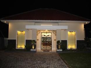 /ar-ae/natura-rumah-singgah-boutique-guest-house/hotel/purwokerto-id.html?asq=jGXBHFvRg5Z51Emf%2fbXG4w%3d%3d