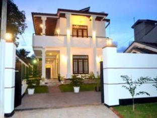 Shenal Residencies Negombo