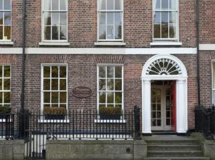 /ca-es/stauntons-on-the-green-guesthouse/hotel/dublin-ie.html?asq=jGXBHFvRg5Z51Emf%2fbXG4w%3d%3d