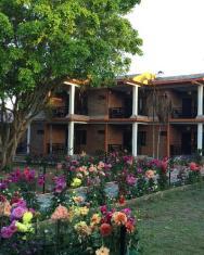 /hu-hu/chautari-garden-resort/hotel/chitwan-np.html?asq=jGXBHFvRg5Z51Emf%2fbXG4w%3d%3d