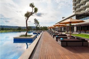 /id-id/radisson-golf-and-convention-center-batam/hotel/batam-island-id.html?asq=jGXBHFvRg5Z51Emf%2fbXG4w%3d%3d