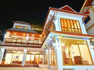 /da-dk/the-indigo-house-phrae/hotel/phrae-th.html?asq=jGXBHFvRg5Z51Emf%2fbXG4w%3d%3d