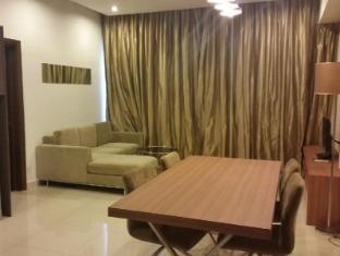 LH Apartment @ Regalia