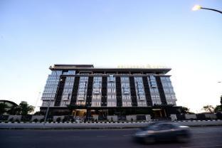 /da-dk/goldenbay-hotel-bintulu/hotel/bintulu-my.html?asq=jGXBHFvRg5Z51Emf%2fbXG4w%3d%3d