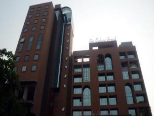/ca-es/sai-palace-grand-malad_2/hotel/mumbai-in.html?asq=jGXBHFvRg5Z51Emf%2fbXG4w%3d%3d