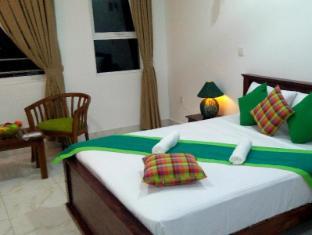 /bg-bg/green-tulip-hotel/hotel/kandy-lk.html?asq=jGXBHFvRg5Z51Emf%2fbXG4w%3d%3d