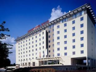 /ca-es/hotel-airport-okecie/hotel/warsaw-pl.html?asq=jGXBHFvRg5Z51Emf%2fbXG4w%3d%3d