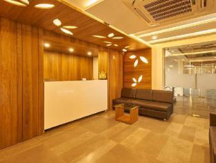 /ca-es/7wonders-hotel-gandhinagar/hotel/gandhinagar-in.html?asq=jGXBHFvRg5Z51Emf%2fbXG4w%3d%3d