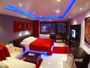 Absolute Bangla Suites Unit 105
