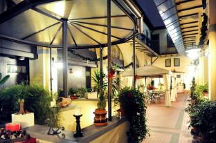 /ar-ae/residence-la-contessina/hotel/florence-it.html?asq=jGXBHFvRg5Z51Emf%2fbXG4w%3d%3d